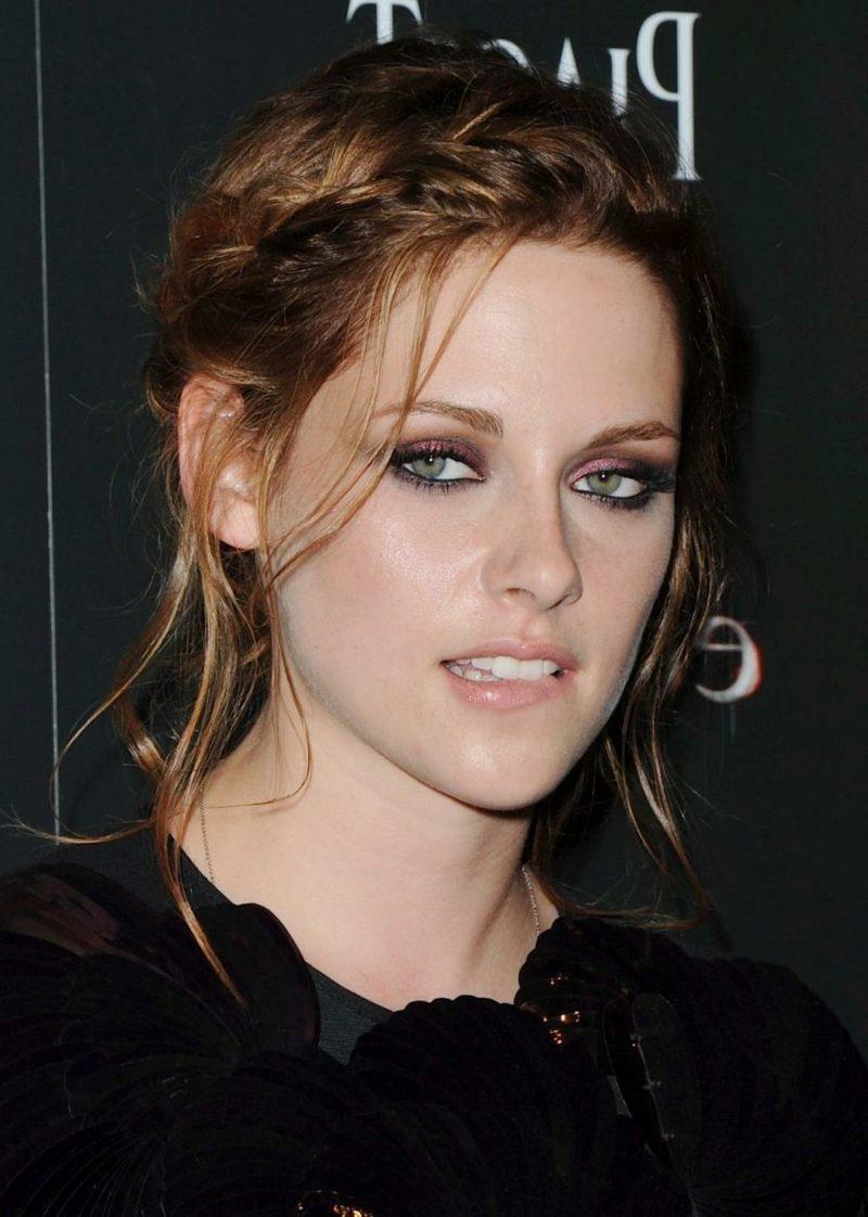 Hellbraun Haarfarbe elegante Flechtfrisur Kristen Stewart