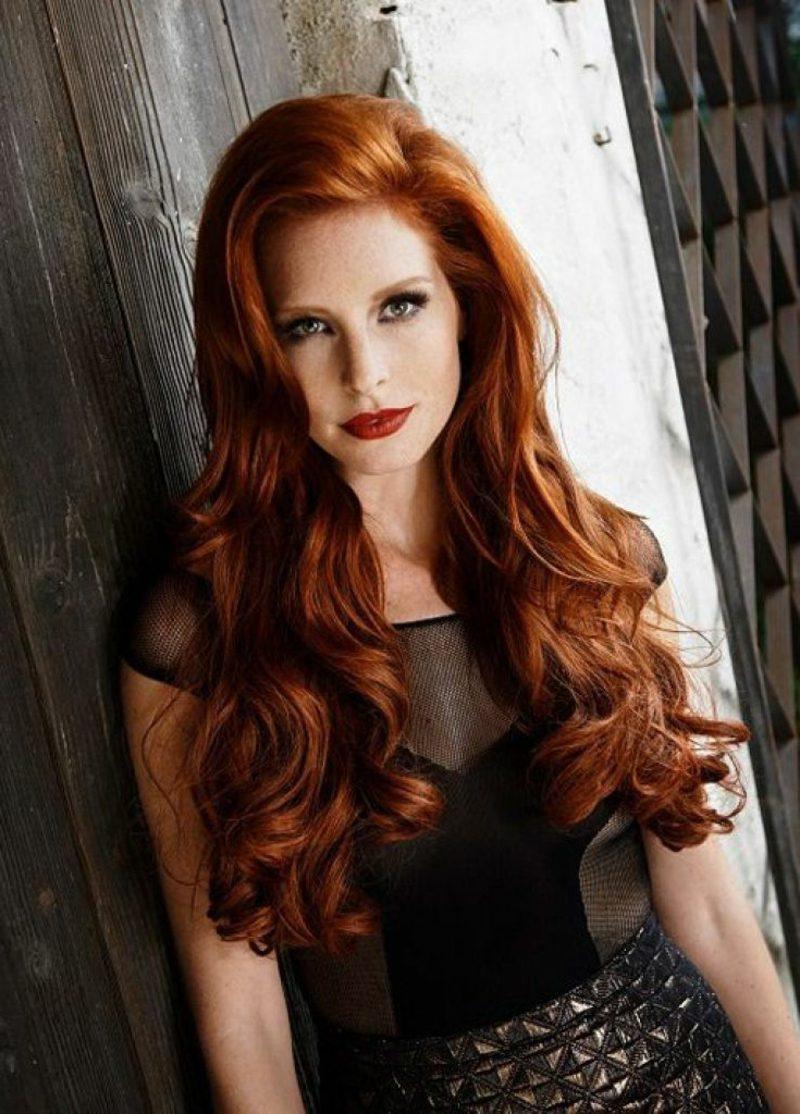 Haarfarbe Kupfer Hellbraun lange Haare