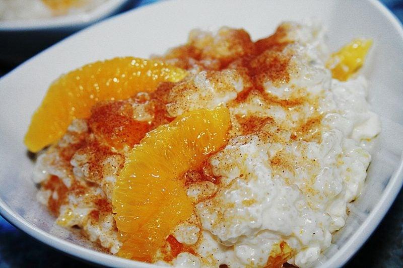 gesunde Gerichte mit Reis spanisches Rezept Milchreis mit Zitronen und Orangen