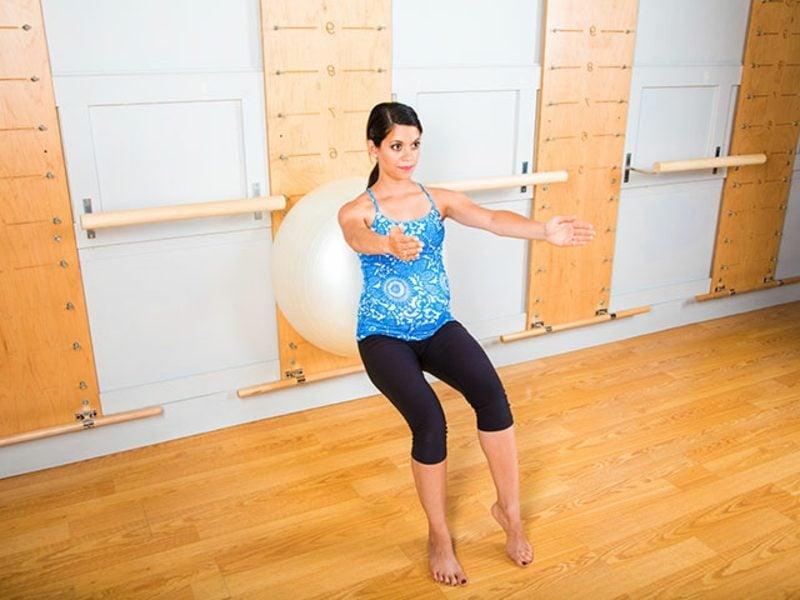 Pilates Rolle Übungen schlanke Beine