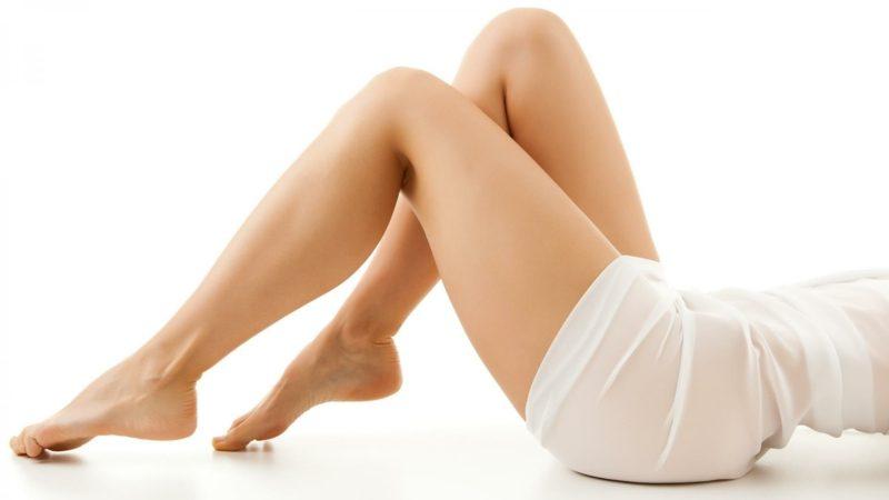 Trainingsübungen für Zuhause Pilates Beine