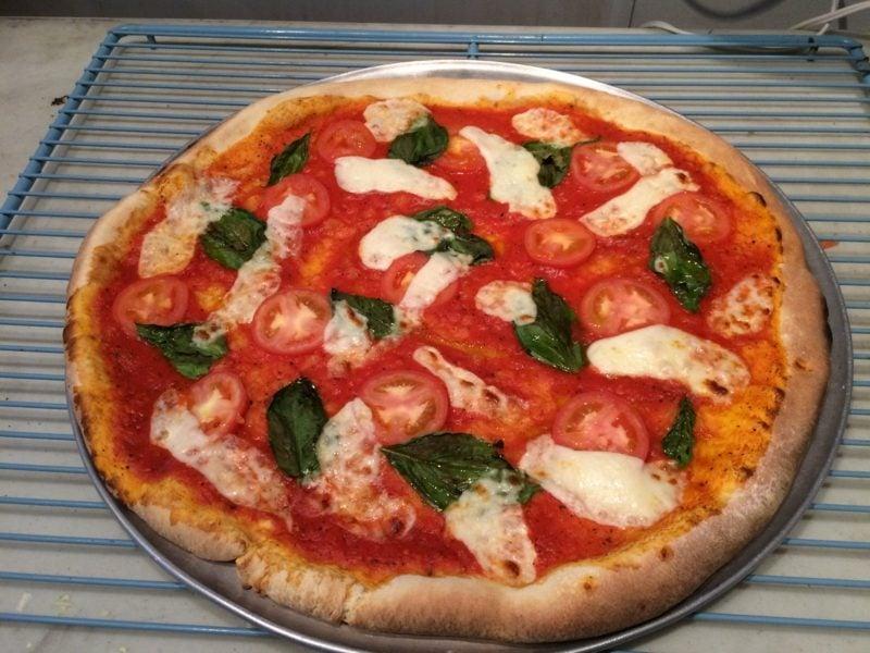 pizza margherita kcal