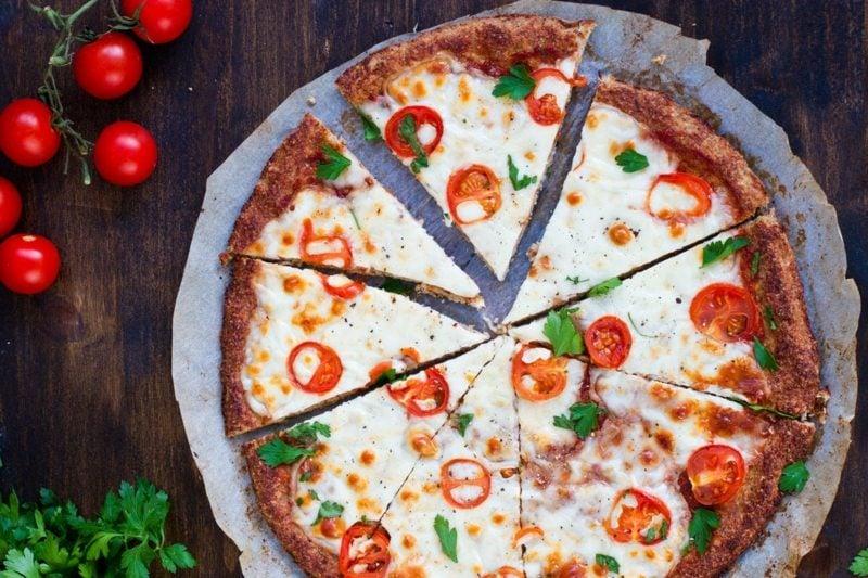 pizza margherita ist f r viele die wahre italienische flagge gesunde ern hrung rezepte zenideen. Black Bedroom Furniture Sets. Home Design Ideas