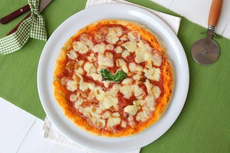 pizza sorten tiefkühlpizza zubereitung pizza bilder