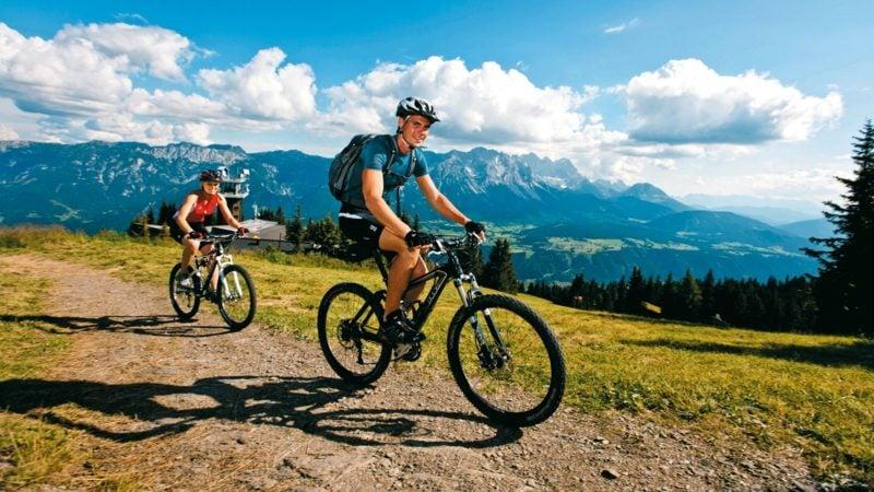 Fahrrad fahren in den Bergen kalorien verbrennen