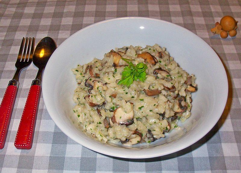 gesunde Gerichte mit Reis Risotto mit Pilzen
