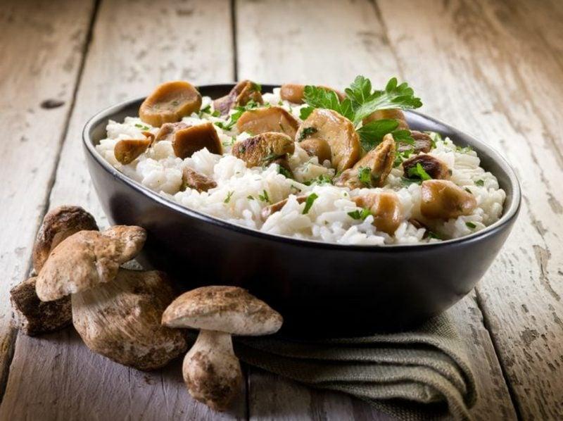 Reisgerichte Risotto mit Pilzen italienisches Rezept