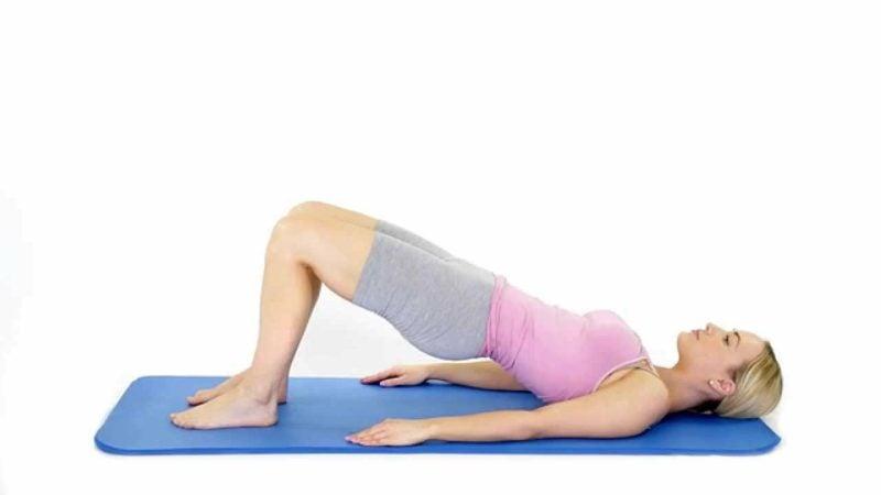 Pilates bauch und Beine trainieren