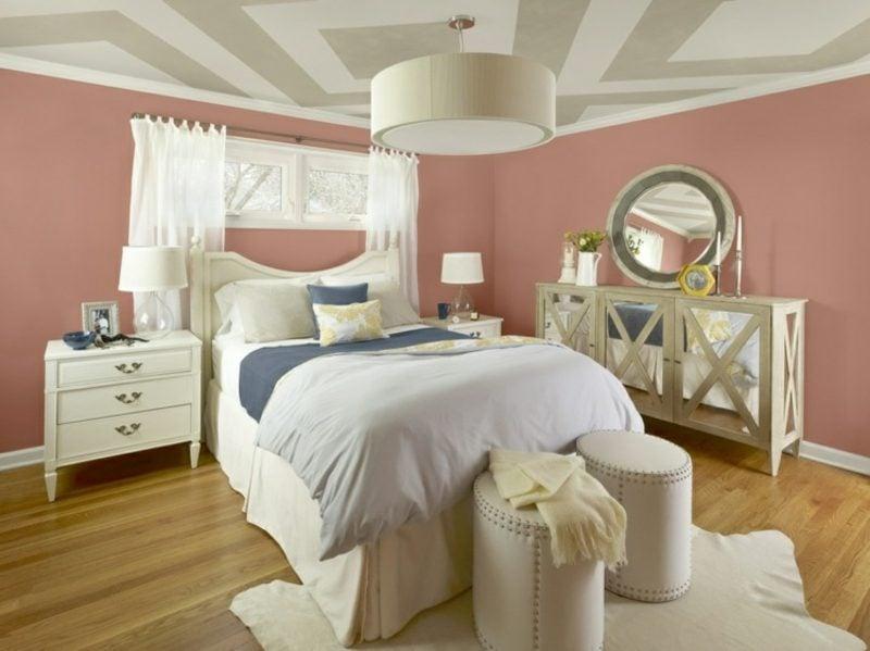 Altrosa Wand Schlafzimmer Decke geometrische Muster modern