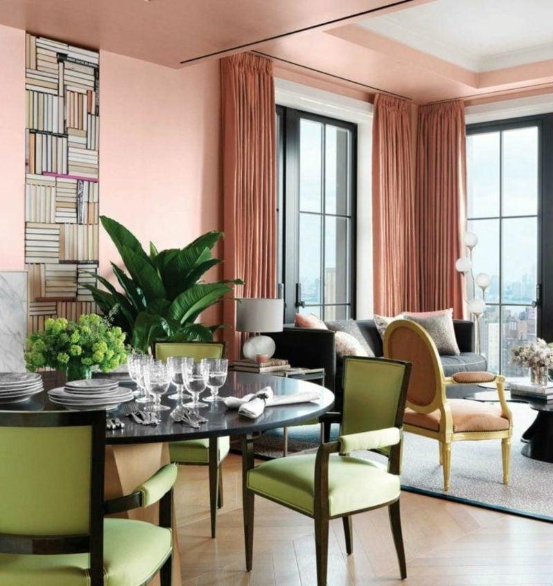 Wohnzimmer und Essbereich Farbakzente Altrosa Minzgrün