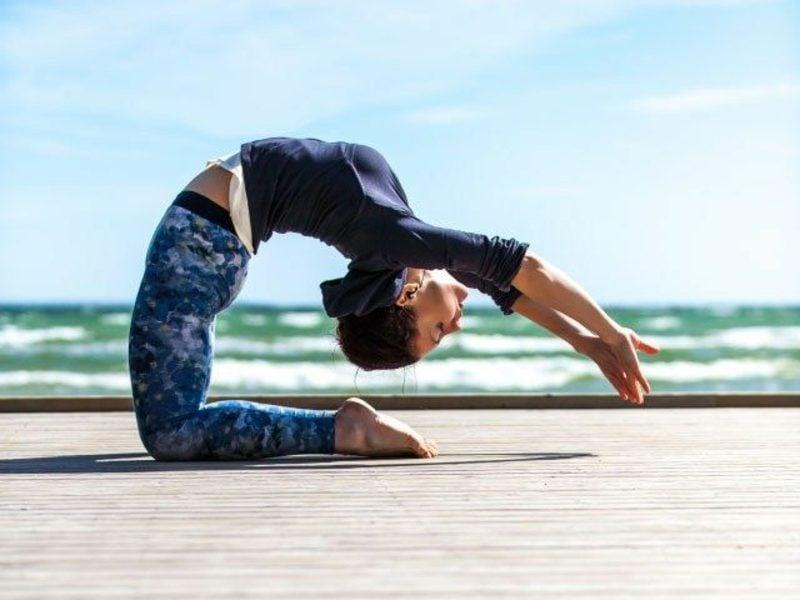 übungen für den bauch yoga machen