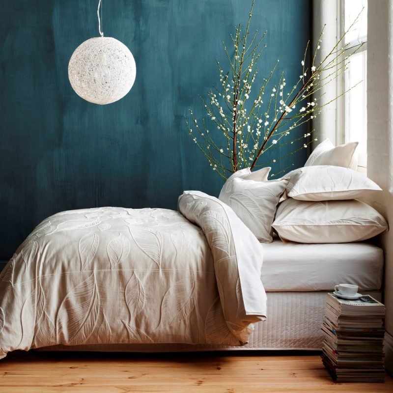 Wandgestaltung Schlafzimmer Ideen Blau Dunkle Farben Kleine Räume