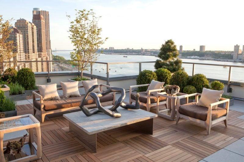 dachterrasse gestalten ideen tipps dekoideen terrassenmöbel bodenbelag