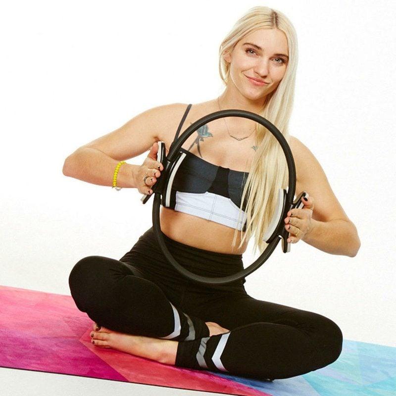 leichte Pilates Übungen mit Ring Beine