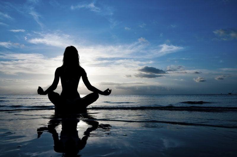 Übungen Bauch Yoga Asanas Bauchfett loswerden