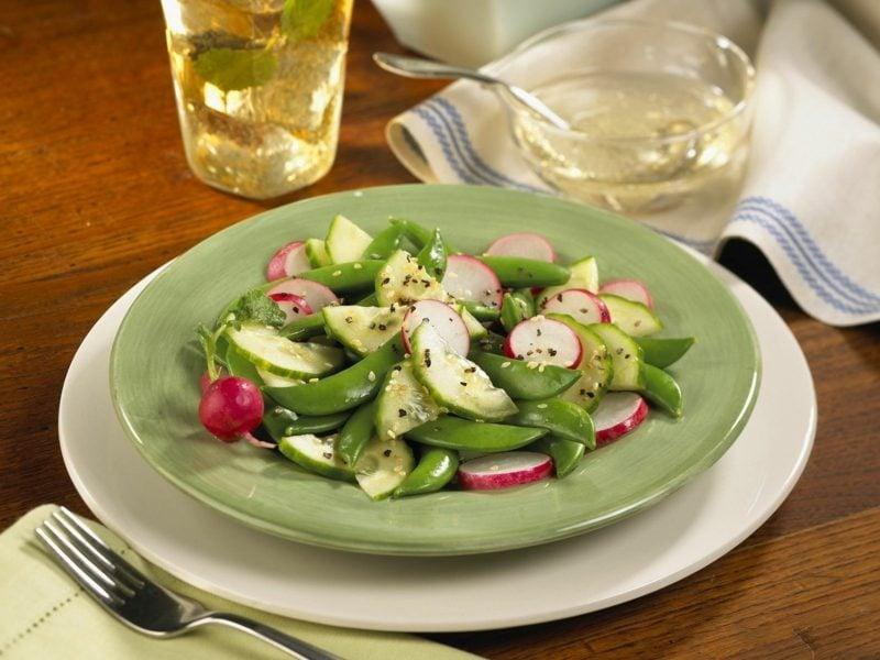 Radieschen Kalorien gemischter salat mit radieschen, Gurken und Bohnen