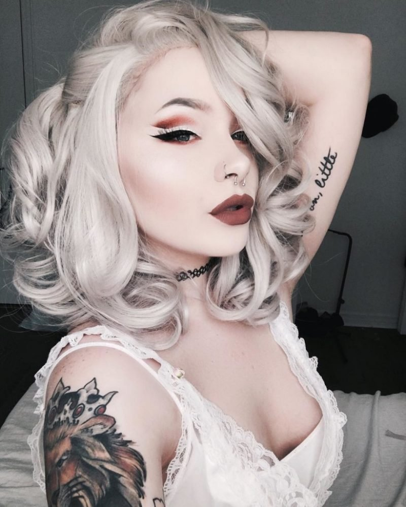 Graue Haare: So schaffen Sie Grautöne in den Haaren!