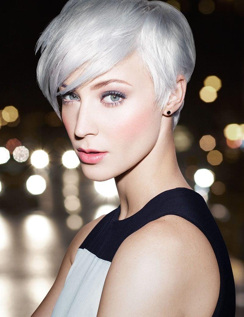 Grautöne sind das neue Blond! Wem passt die graue Haare?