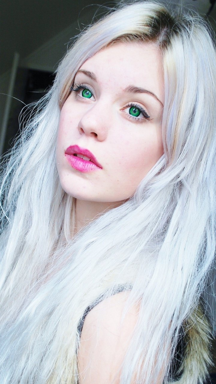 Graue Haare: Kombinieren Sie Grautöne mit Blond