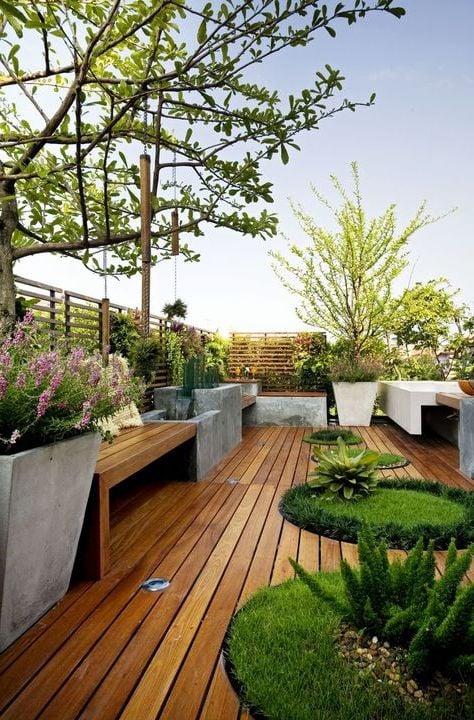 dachterrasse gestalten ideen tipps terrassenmöbel polyrattan sofa kunstrasen