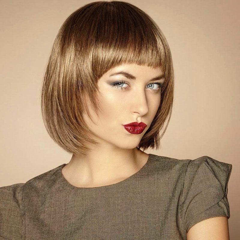 Hellbraun Haarfarbe elegante kurze Frisur
