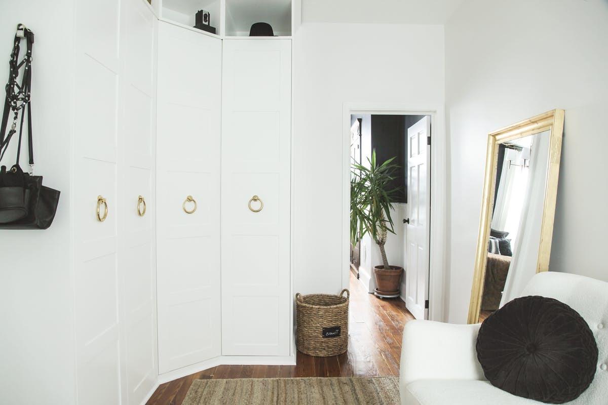 26 ikea hacks f r ihre ikea garderobe diy m bel zenideen. Black Bedroom Furniture Sets. Home Design Ideas