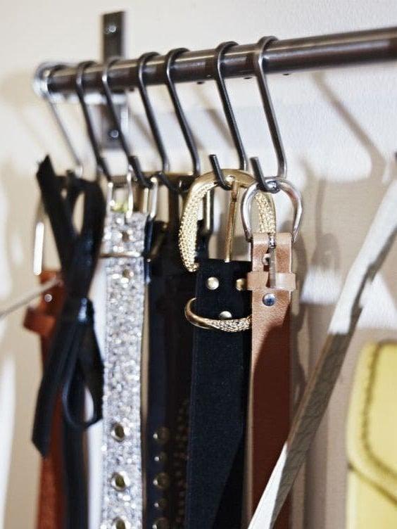 Organisation im Ankleidezimmer für mehr Platz und Ordnung