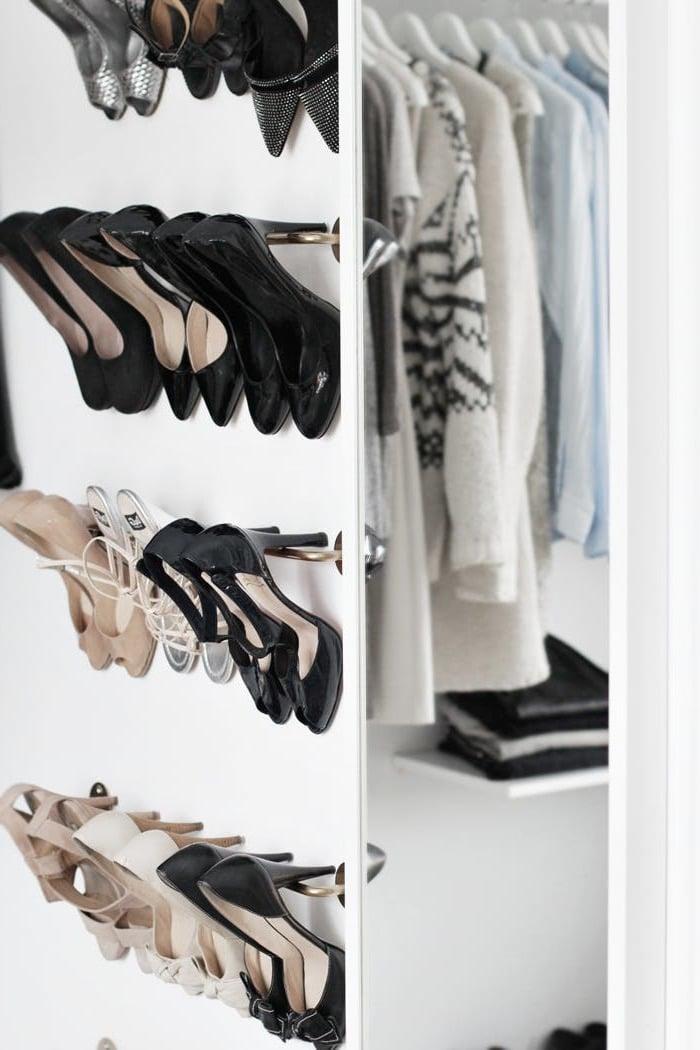 Ankleidezimmer einrichten mit Ikea Garderobe