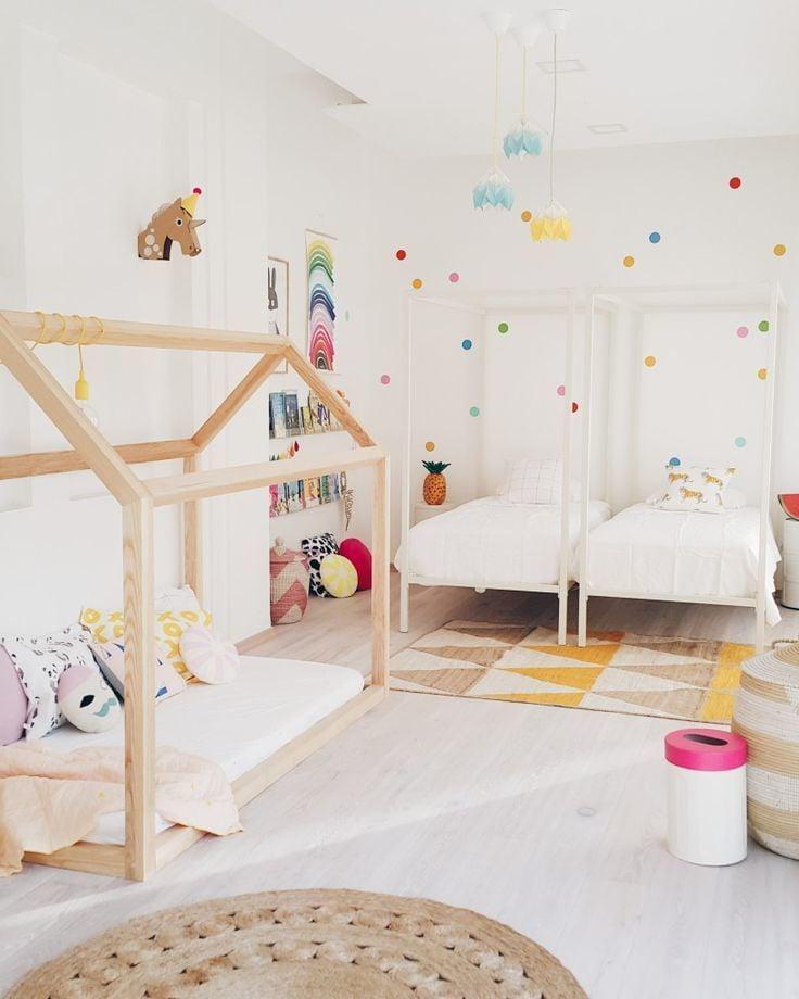 kinderzimmer ideen weiß wandgestaltung bett holz kinderzimmer gestalten