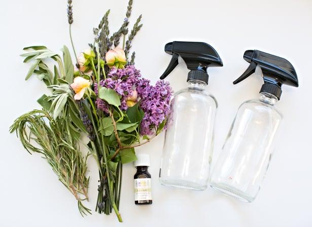 DIY Muttertagsgeschenke: Herbal Parfüm selber machen