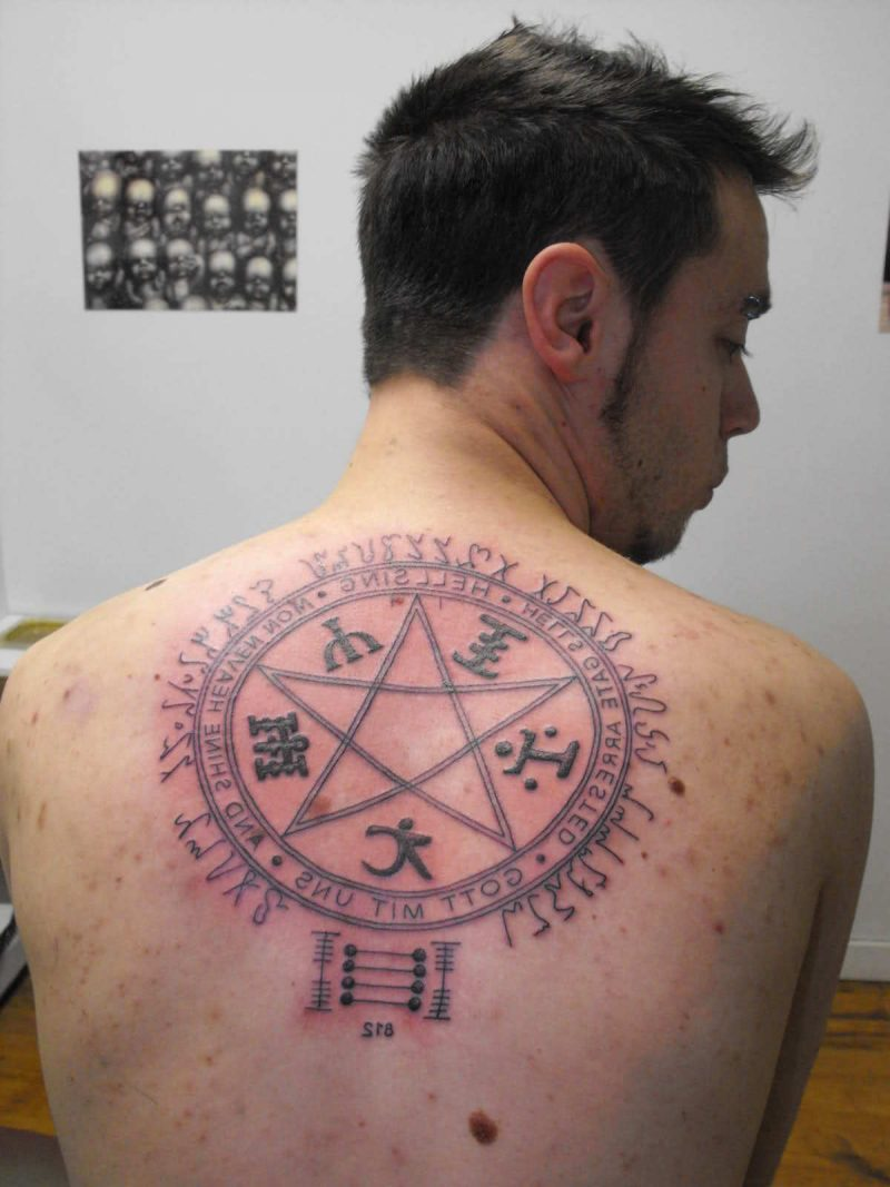 Pentagramm Tattoos
