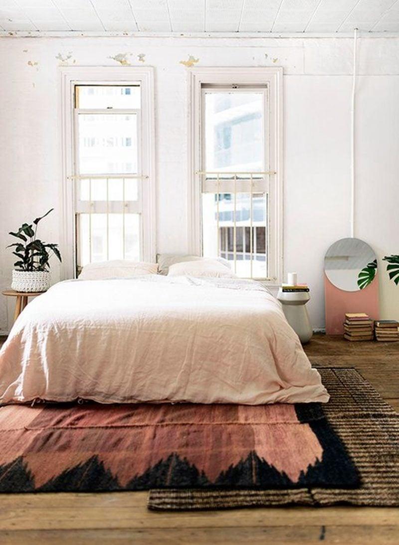 Wandgestaltung Schlafzimmer Ideen Rosa Helle Wandfarben Optische  Vergrößerung