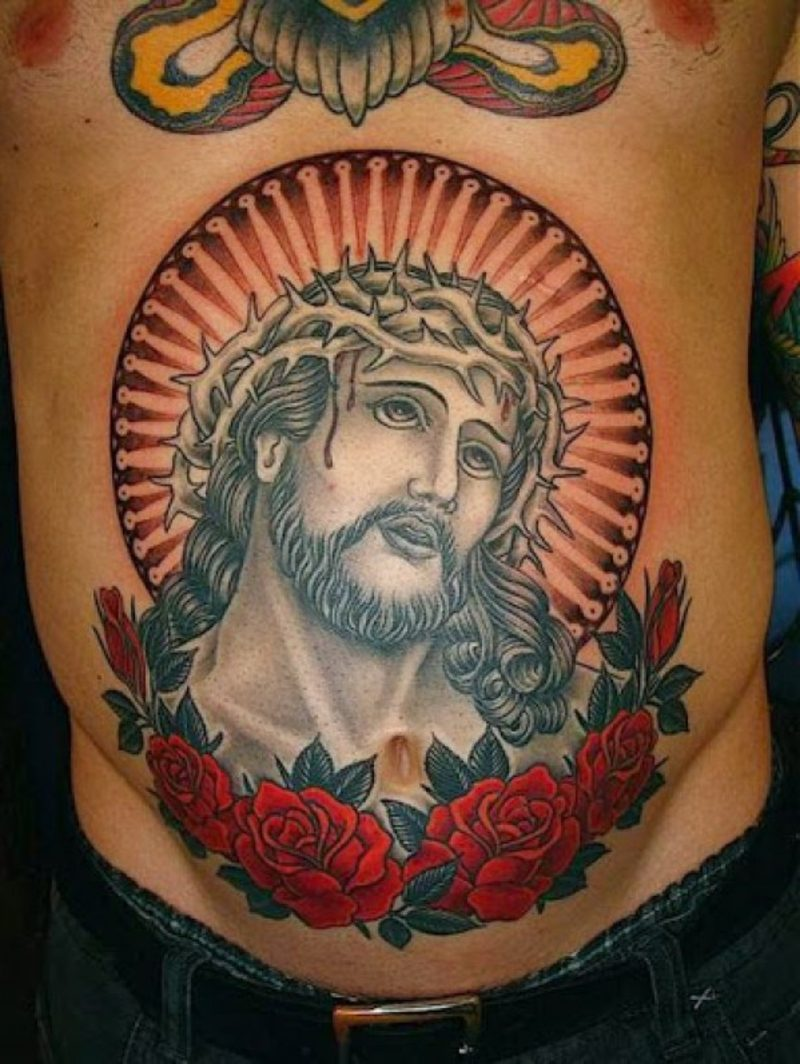 tattoo brust frau schrift