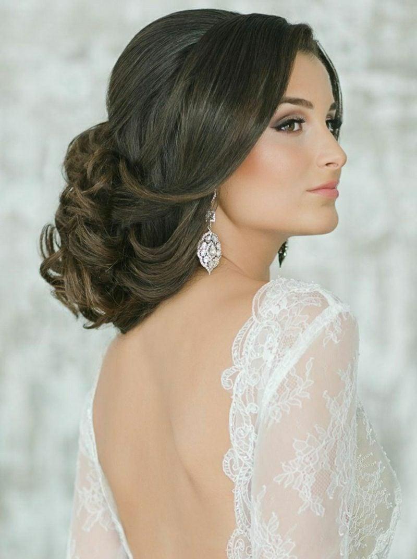 Hochsteckfrisuren lange Haare romantische Ideen Braut