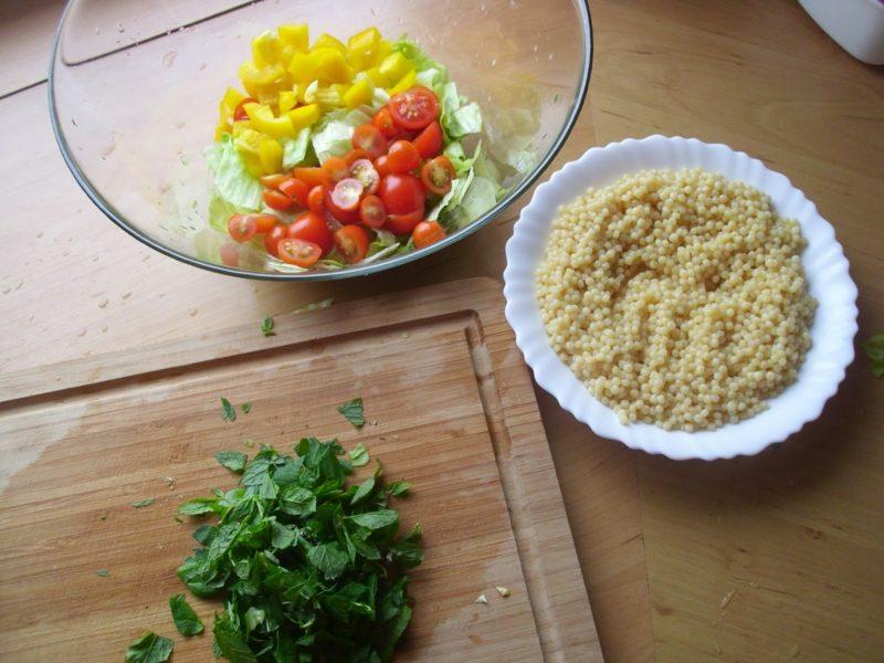 Couscous zubereiten Salat notwendige Zutaten