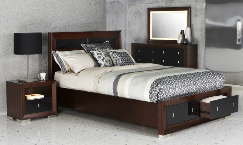 kingsize bett im schlafzimmer vergleich zum doppelbett. Black Bedroom Furniture Sets. Home Design Ideas