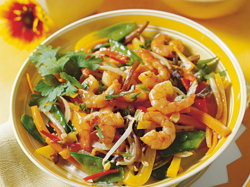 Low Carb Abendessen Garnelenpfanne zubereiten