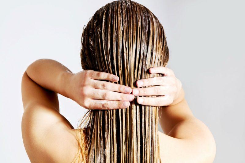 Kokosöl für die Haare wirkungsvolle Haarmaske