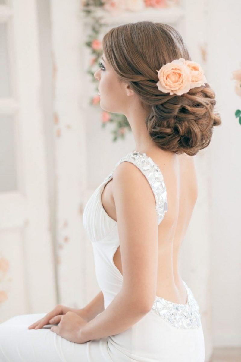 Frisuren schulterlanges Haar Braut Hochzeit