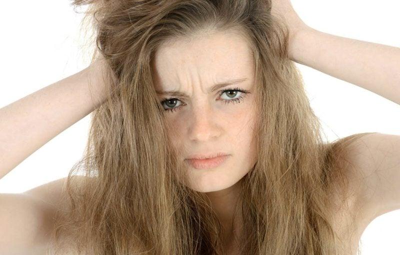 Kokosöl für die Haare erste Hilfe bei trockenem Haar