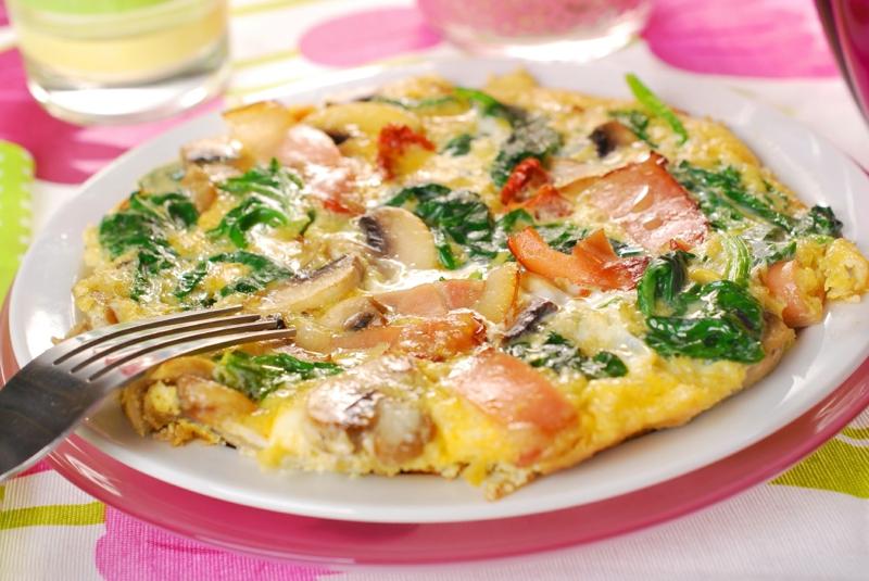 kohlenhydratarme Gerichte Omelett Champignons Schinken Spinat