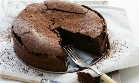 lecker Kuchen mit Schokolade ohne Ei und Milch vegan