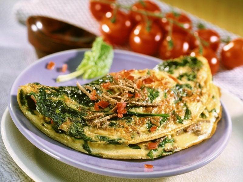 low carb Rezepte Abendessen Spinatomelett mit Pilzen