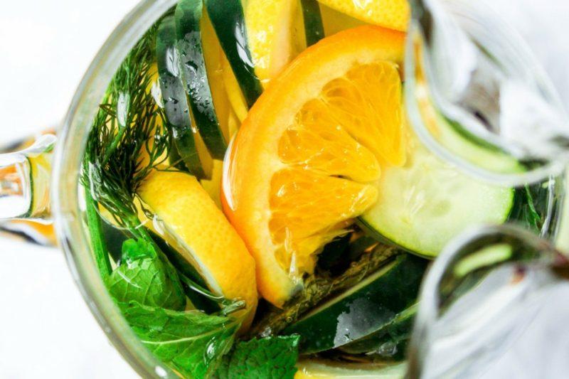 detox wasser rezepte mit orangen und minze