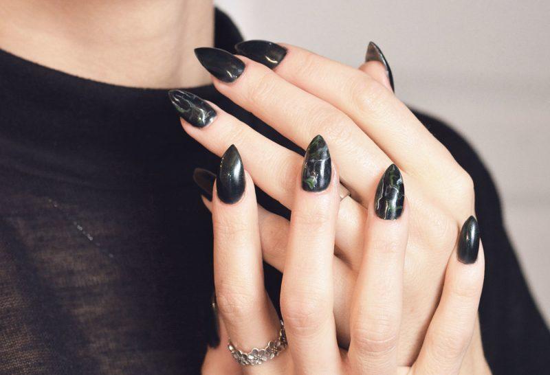Marmor Fingernägel Schwarz
