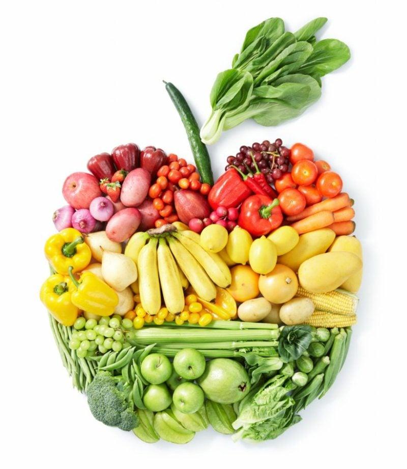 Tipps gegen fettige Haare gesunde Ernährung ist wichtig