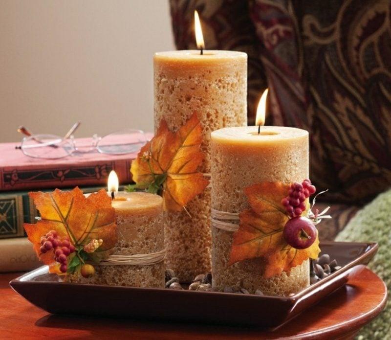 Herbstdeko Tisch Aromakerzen