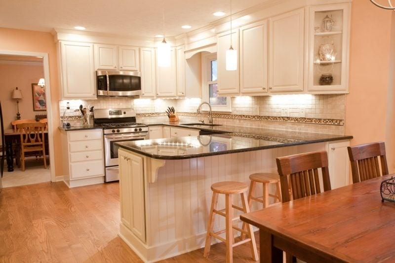 küche mit theke küchenplannung tipps