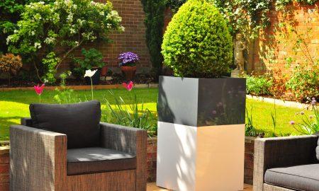 Pflanzkübel im Garten - Tipps zur Auswahl