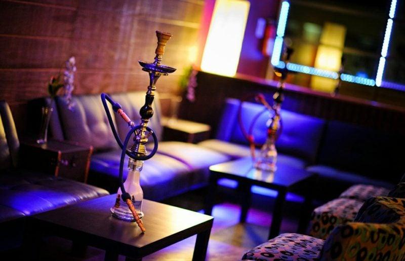 rauchen shisha im restaurant